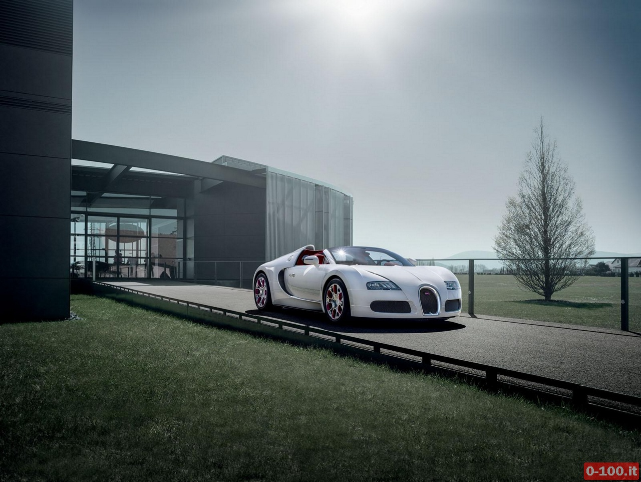 bugatti veyron 16 4 grand sport wei long 0 100 motori orologi lifestyle. Black Bedroom Furniture Sets. Home Design Ideas