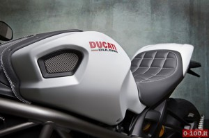 ducati Bulgari by Vilner custom bike 0 100 3 300x199 Ducati Bulgari By Vilner Custom Bike