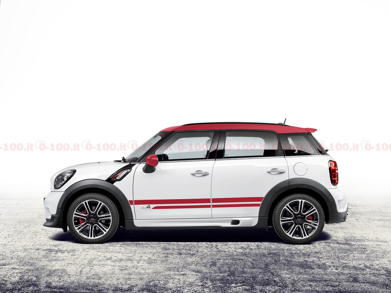mini_countryman_john-cooper-works_0-100_25