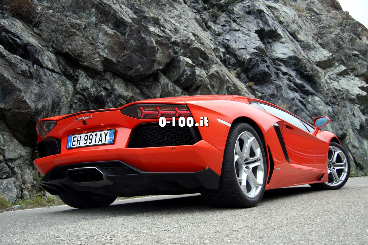 0-100it_lamborghini-aventador-test-drive_59