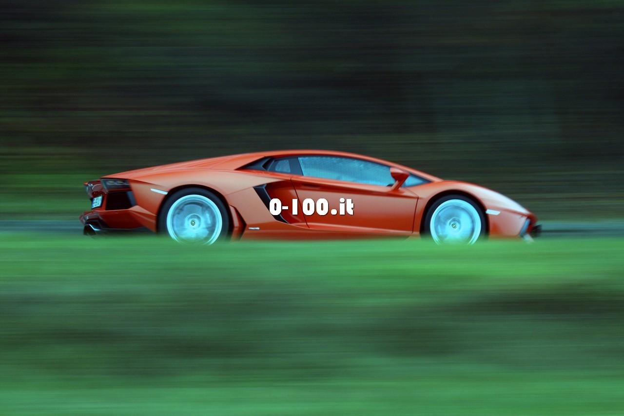 0-100it_lamborghini-aventador-test-drive_69