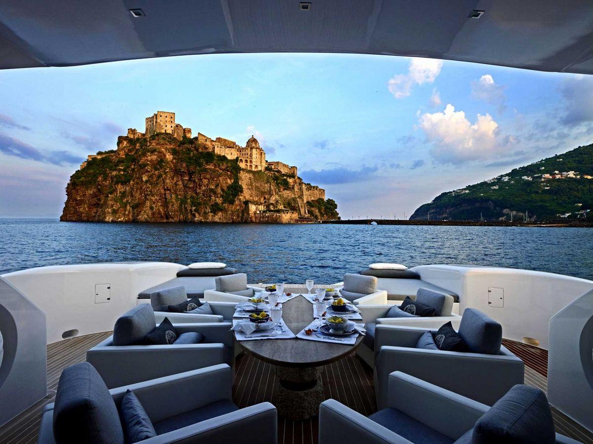 yacht-di-lusso