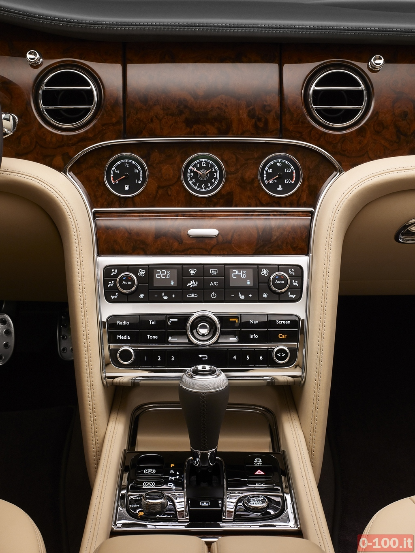 Bentley_Mulsanne_Mulliner_Driving_19