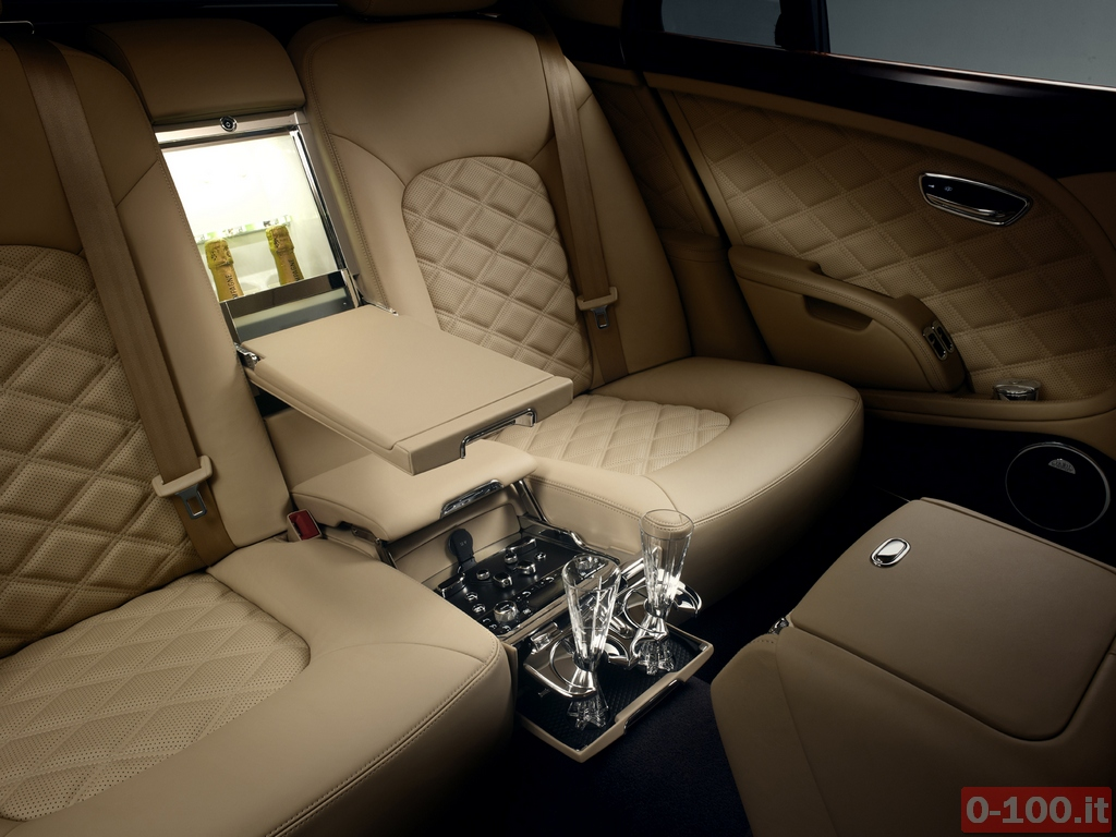 Bentley_Mulsanne_Mulliner_Driving_20