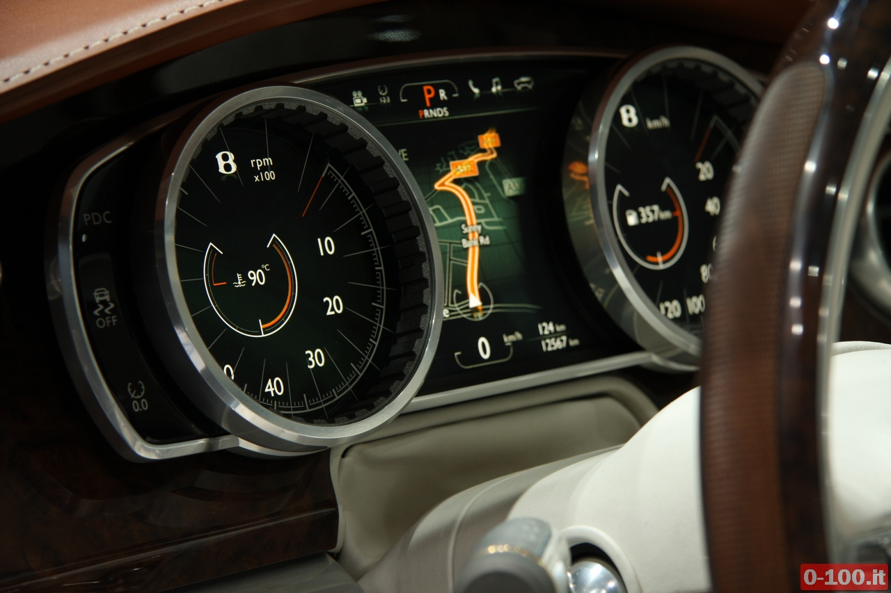 bentley_geneve_autoshow-2012_0-100_11