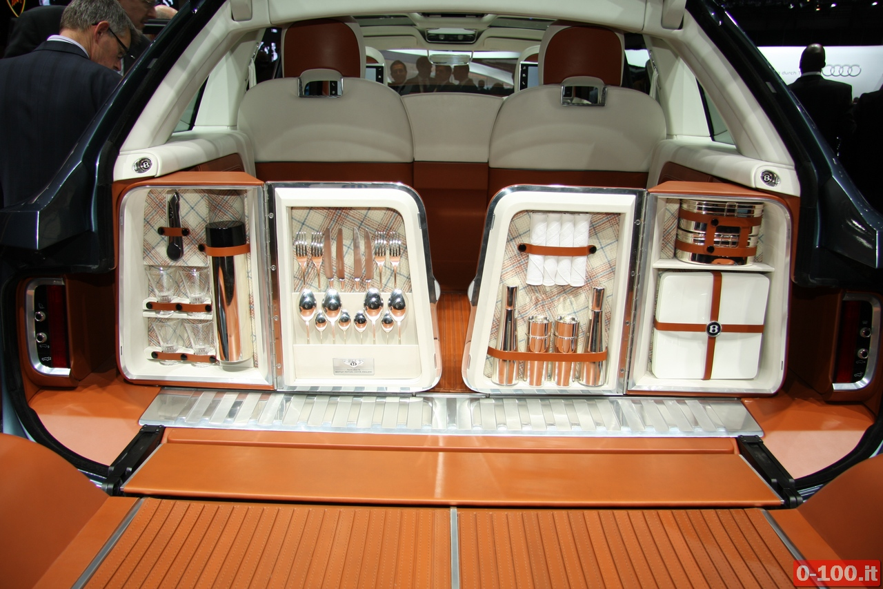 bentley_geneve_autoshow-2012_0-100_2