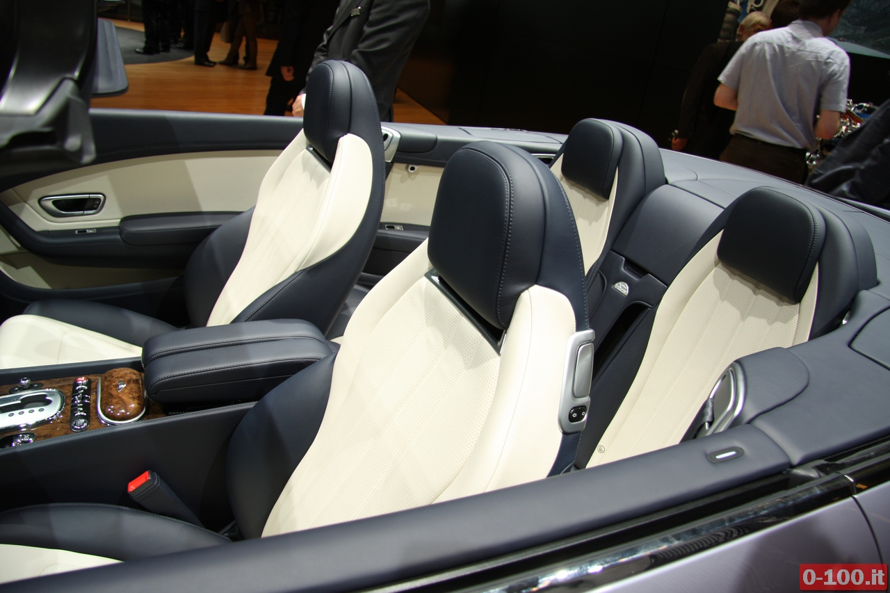 bentley_geneve_autoshow-2012_0-100_23