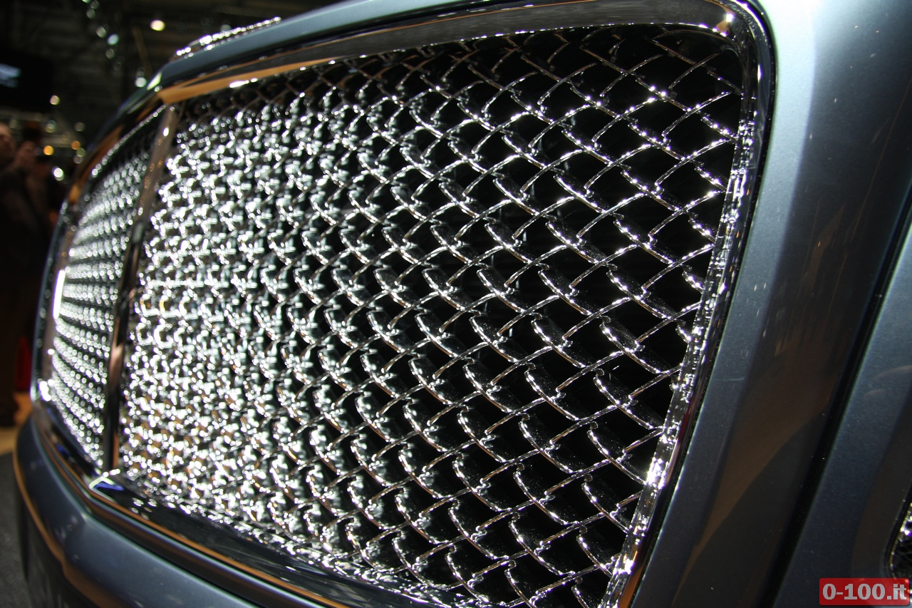 bentley_geneve_autoshow-2012_0-100_27