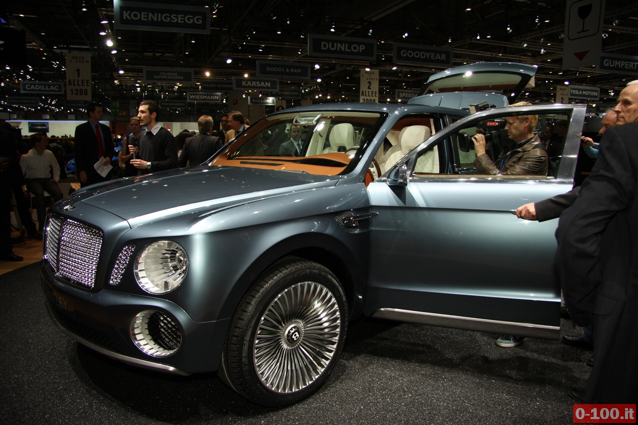 bentley_geneve_autoshow-2012_0-100_3