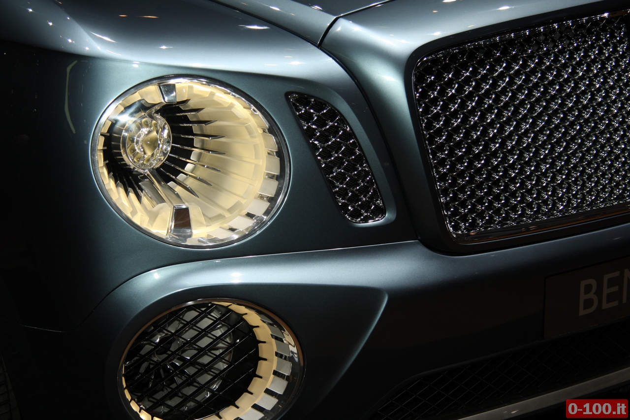 bentley_geneve_autoshow-2012_0-100_7