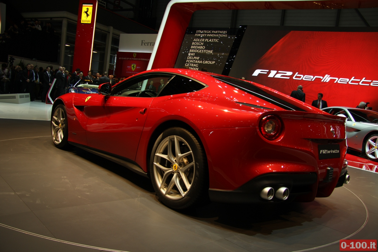 ferrari_f12-berlinetta_Geneve_autoshow_2012_0-100_32
