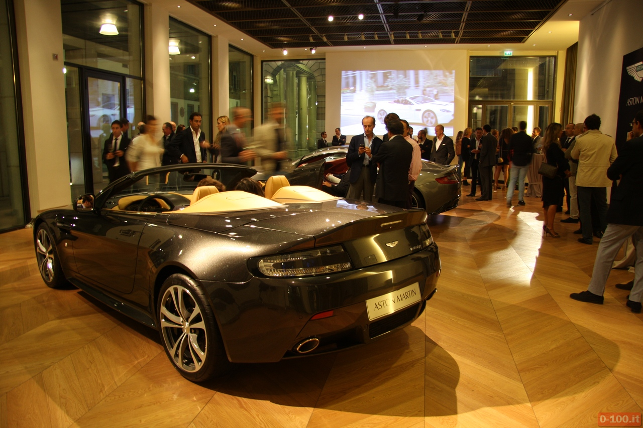 Aston-Martin_Vanquish_V12-Roadster_V12-Zagato_0-100_19