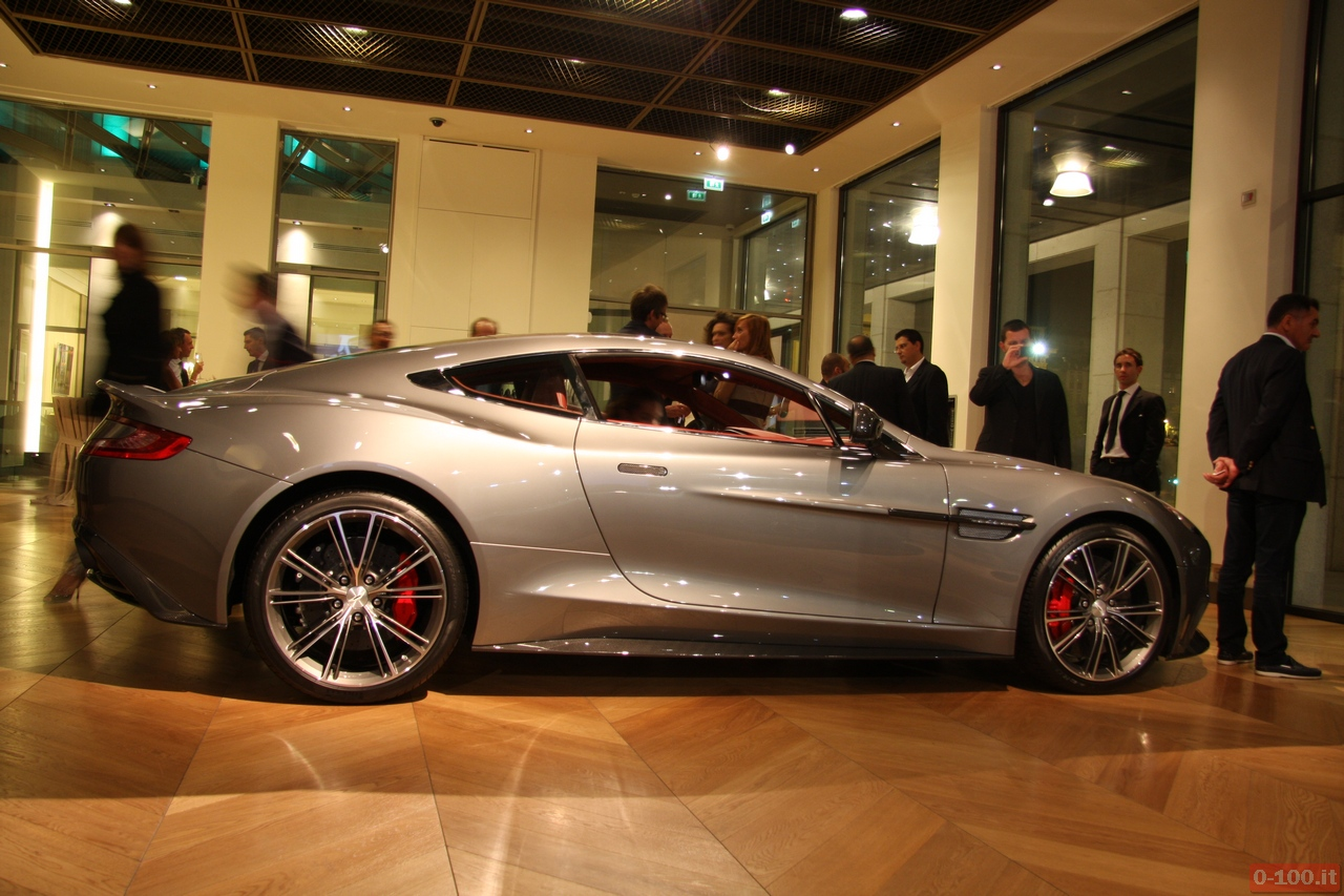 Aston-Martin_Vanquish_V12-Roadster_V12-Zagato_0-100_8