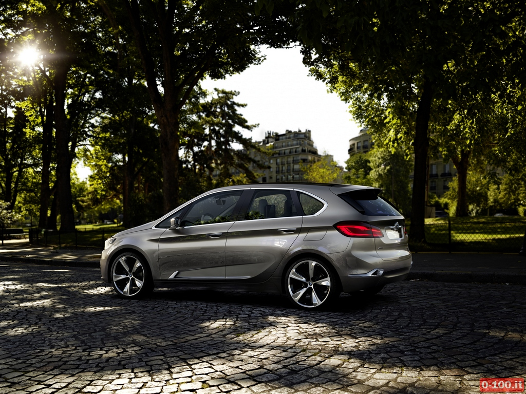 bmw-concept-active-tourer_0-100_11