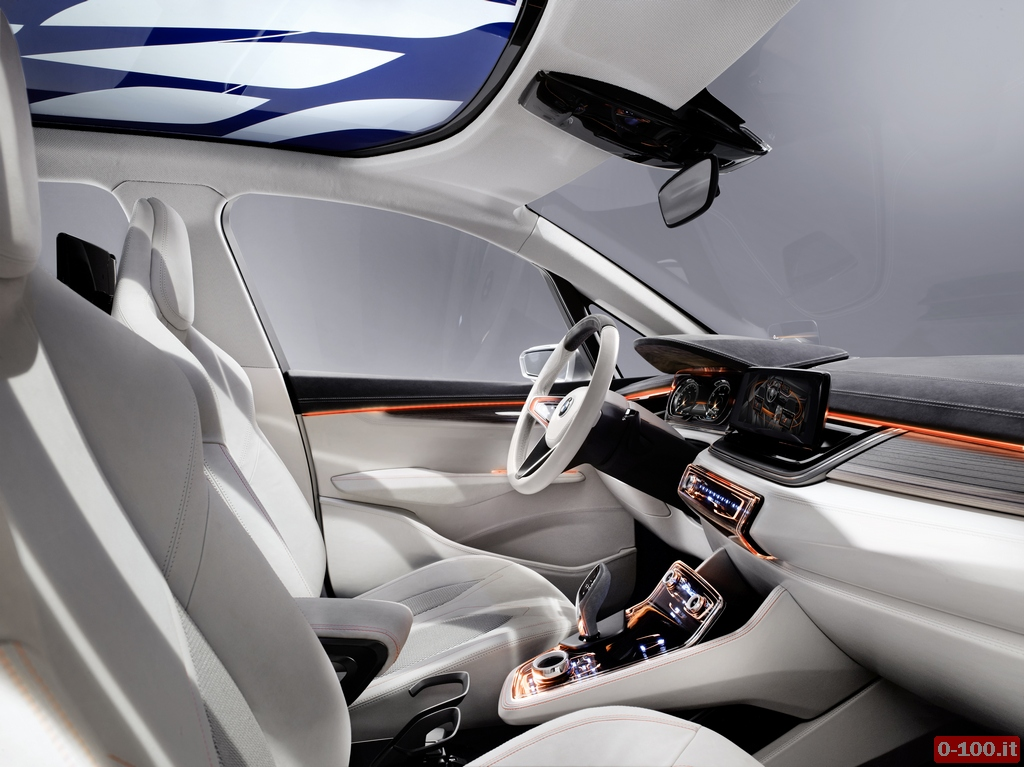 bmw-concept-active-tourer_0-100_25