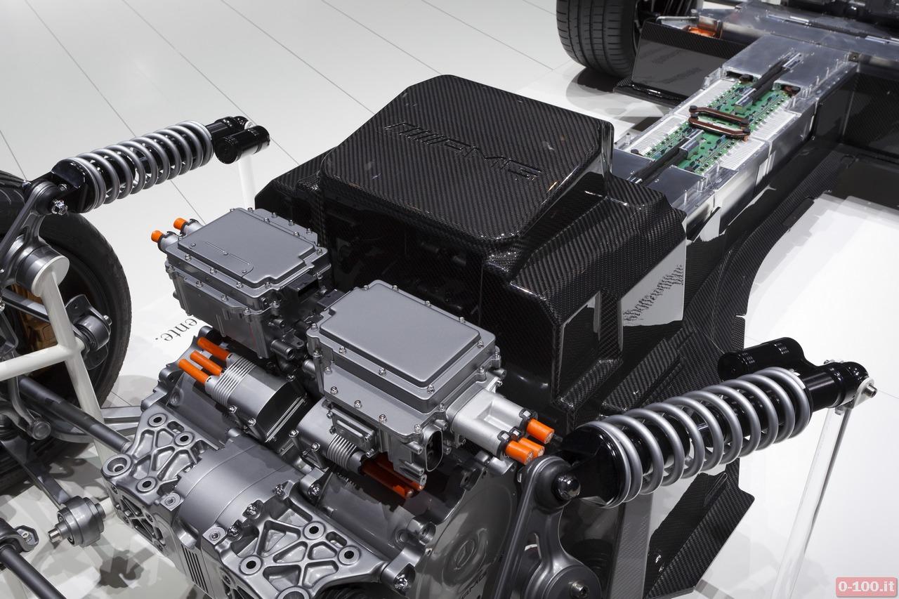 Mercedes-Benz SLS AMG Electric Drive - 0-100.it