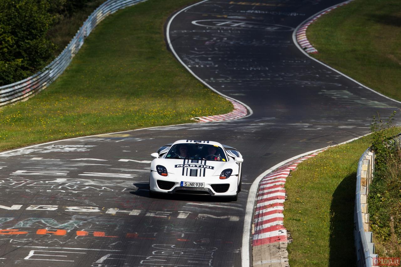 porsche_918_hybrid_7-14-nurburgring_5