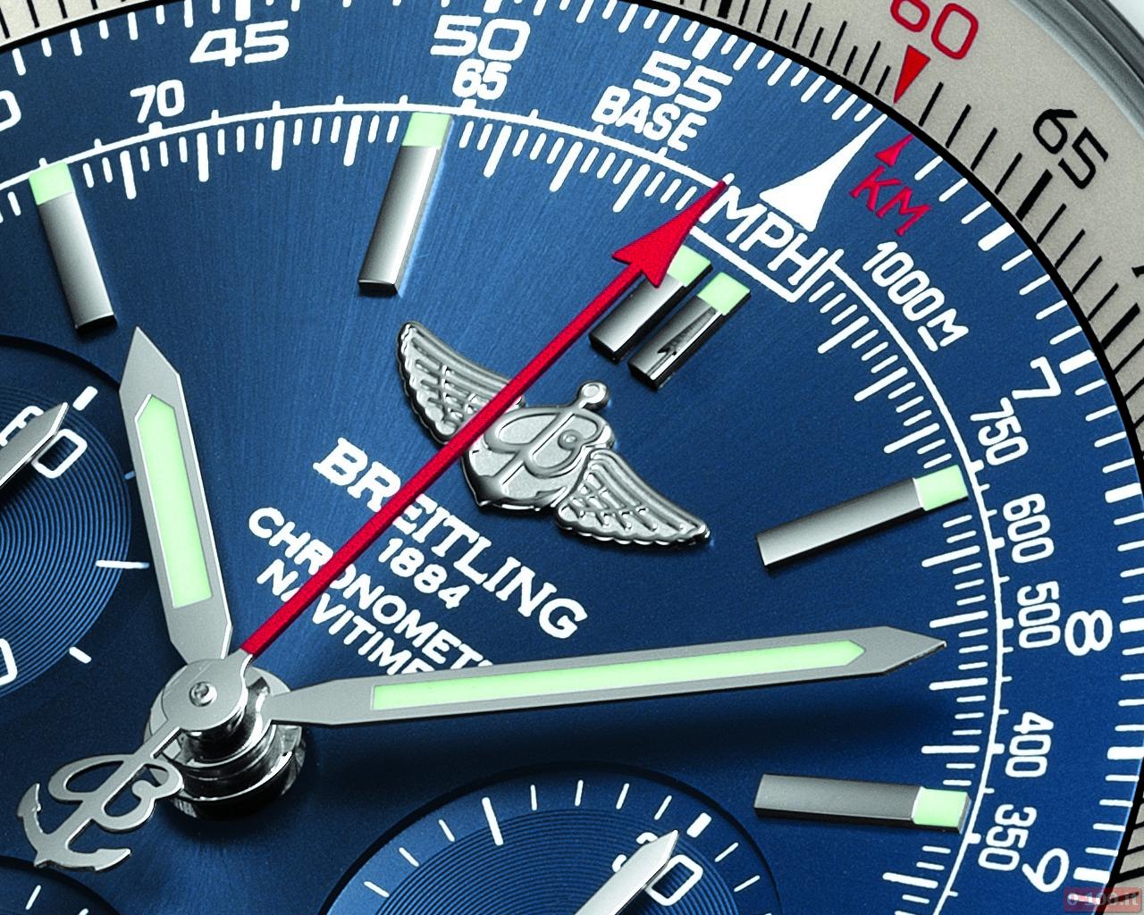 breitling-navitimer-blue-sky-limited-edition-60-anniversario_0-100_2