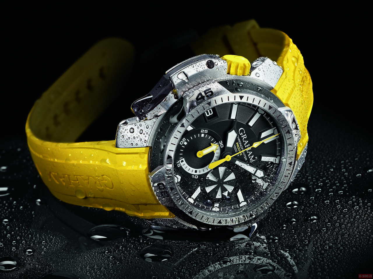 graham-chronofighter-prodive-professional_0-100_1