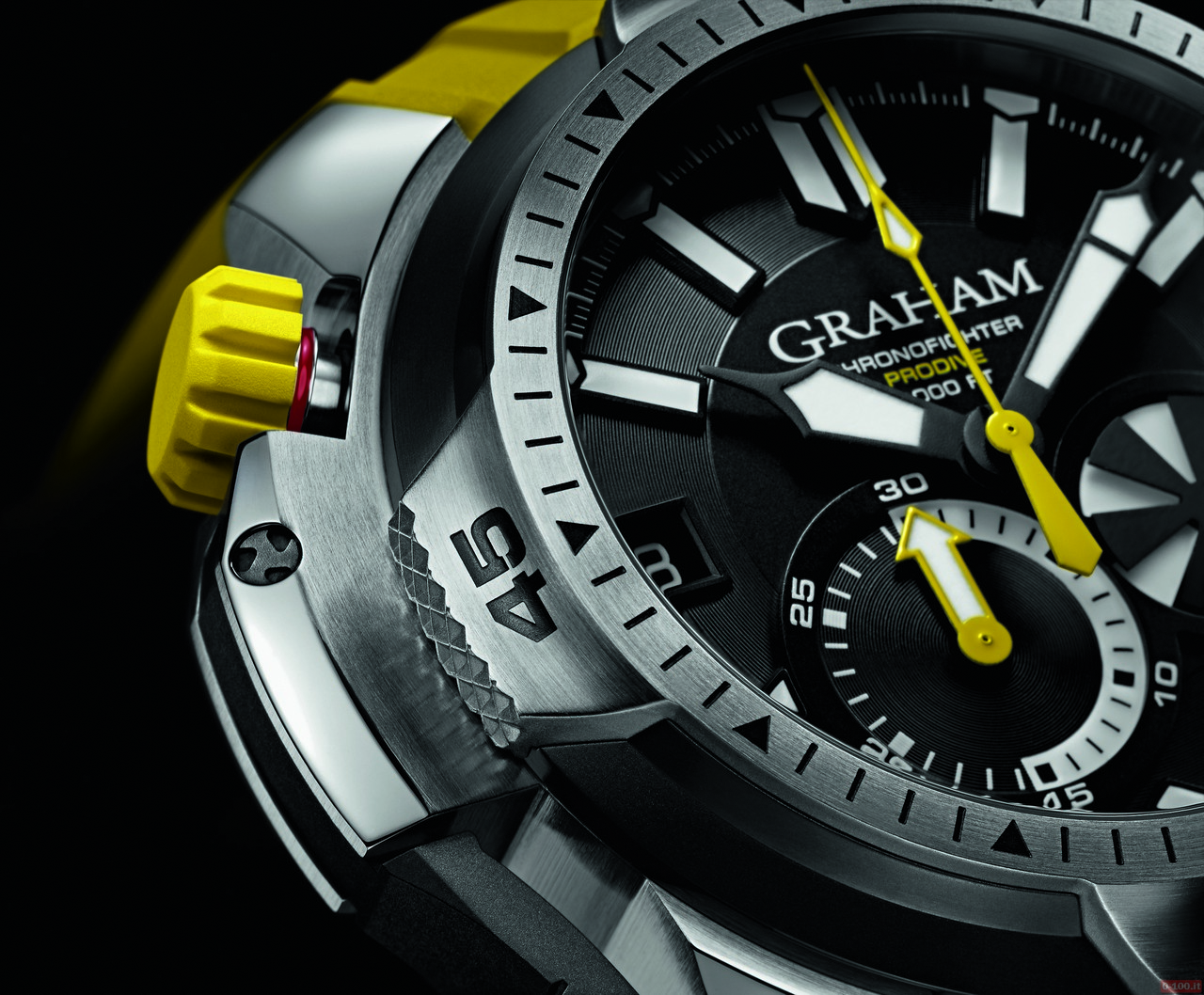 graham-chronofighter-prodive-professional_0-100_3