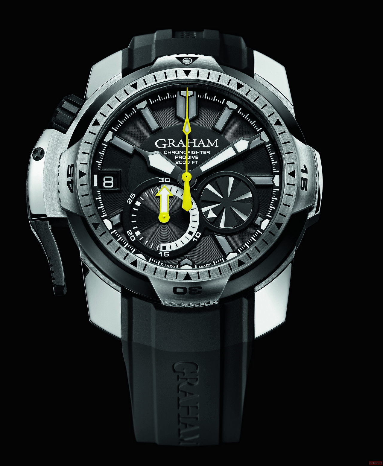 graham-chronofighter-prodive-professional_0-100_7