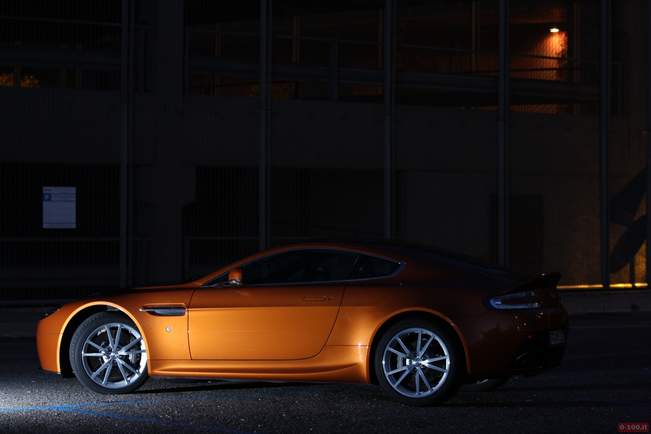 Aston_Martin_v8_vantage_0-100_50