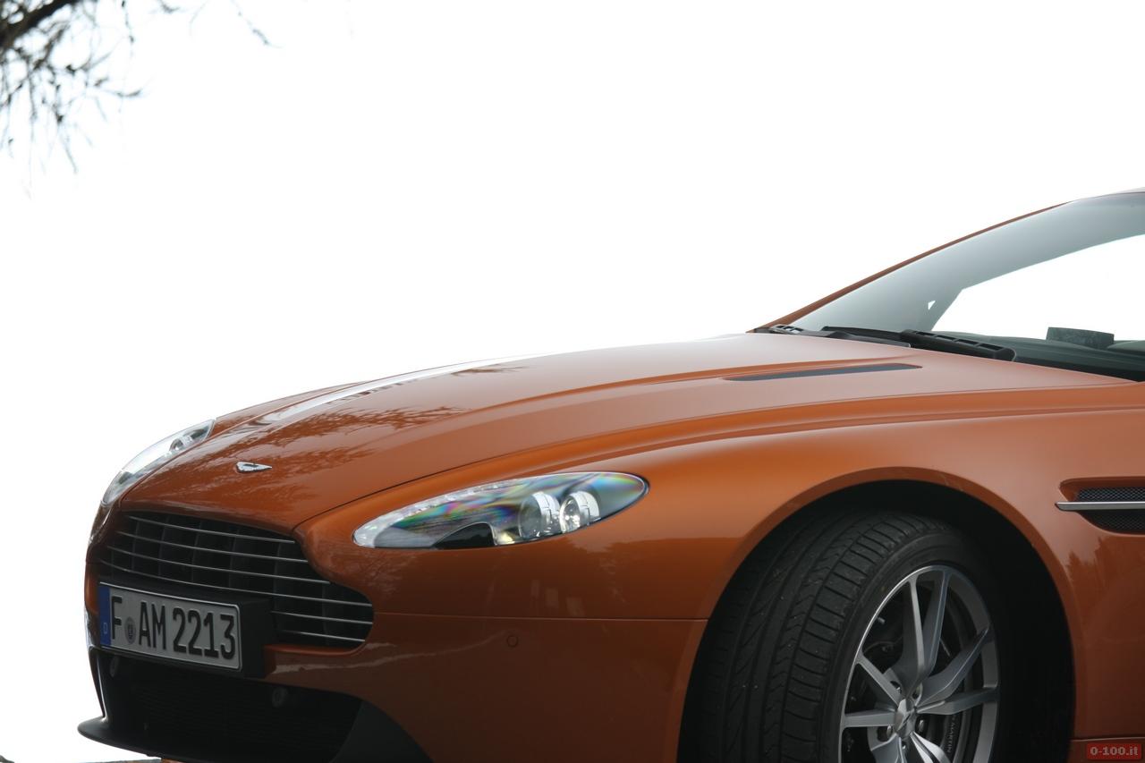Aston_Martin_v8_vantage_0-100_74