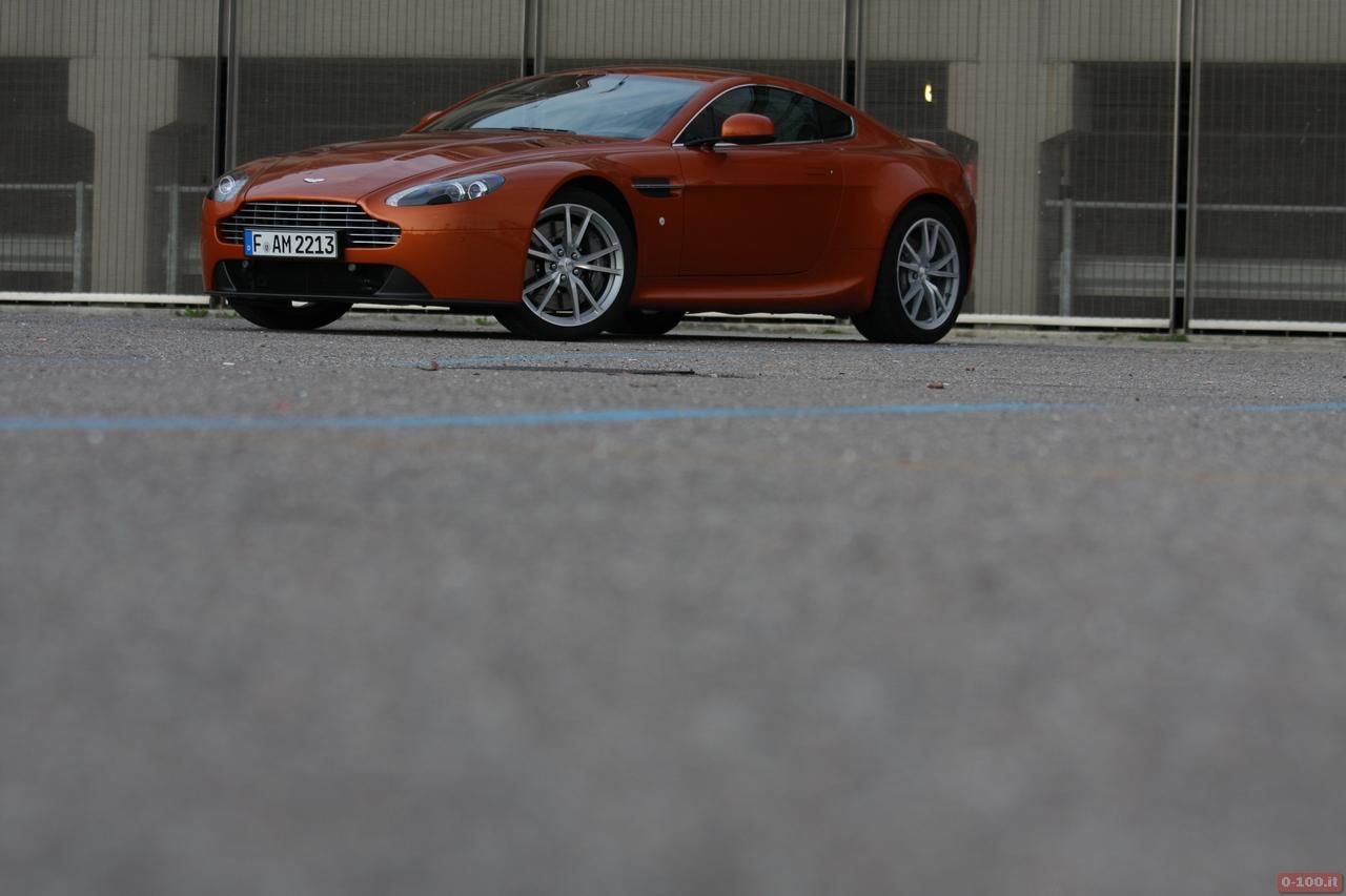 Aston_Martin_v8_vantage_0-100_9