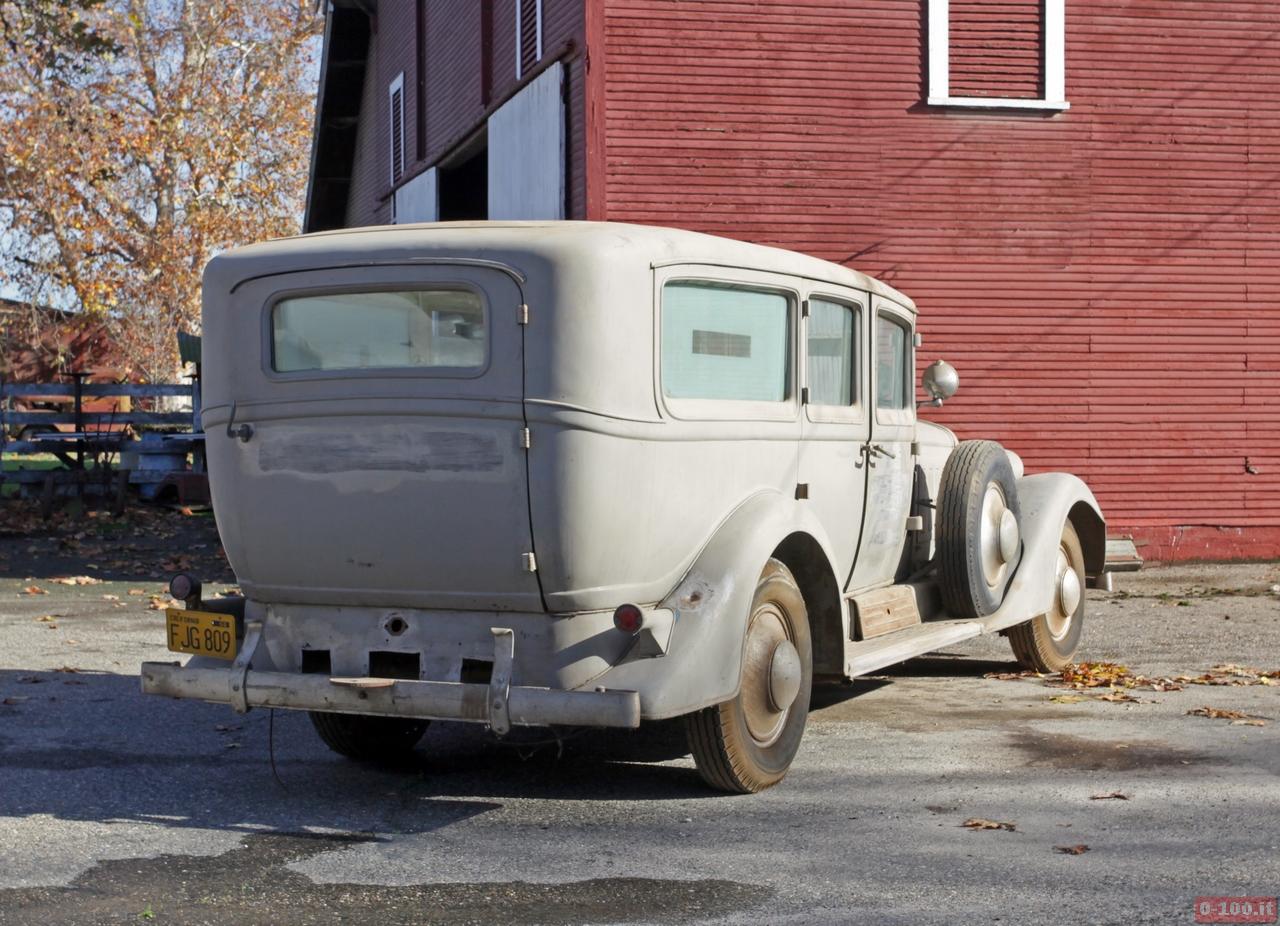cadillac-452-v16-ambulance_0-100_2
