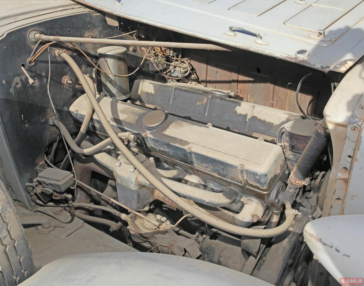 cadillac-452-v16-ambulance_0-100_6