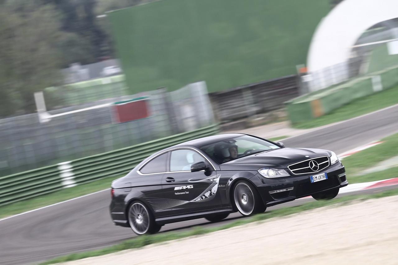 AMG Driving Academy Italia 2013_0-100 7