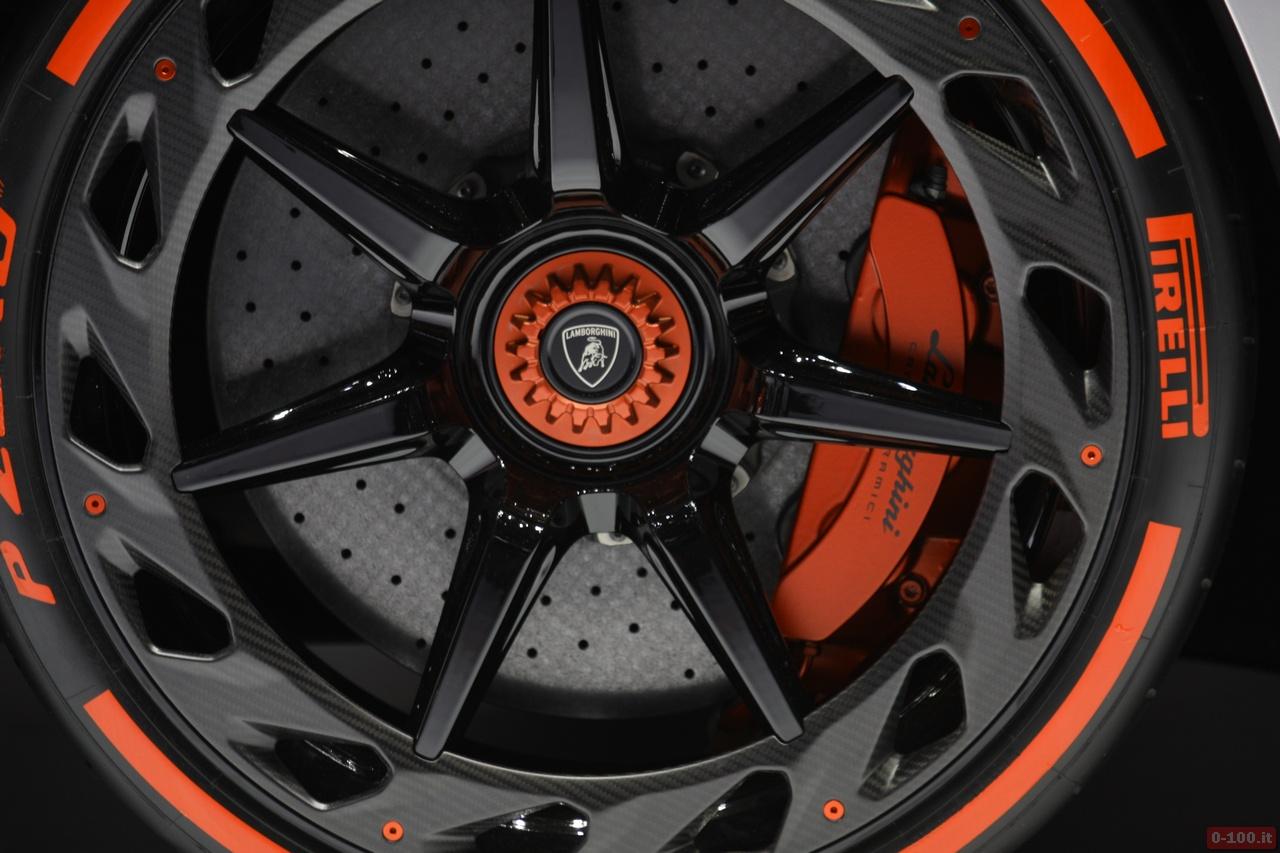 0-100.it | Salone di Ginevra 2013 - Lamborghini Veneno