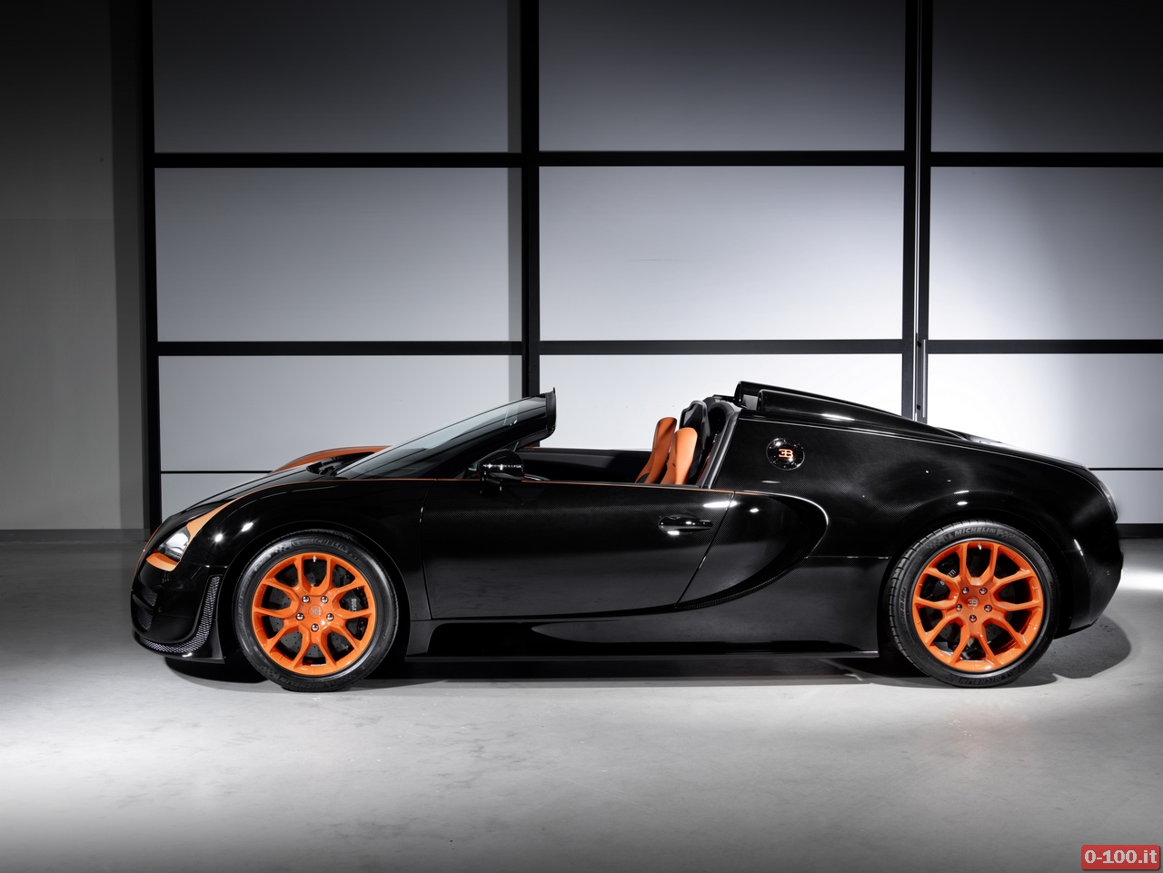 bugatti-veyron-16-4-grand-sport-vitesse-debutto-a-shanghai_0-100_2