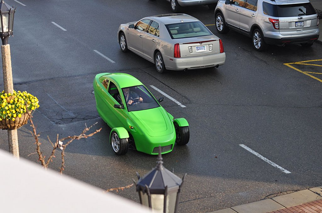 elio-by-elio-motors_0-100_10