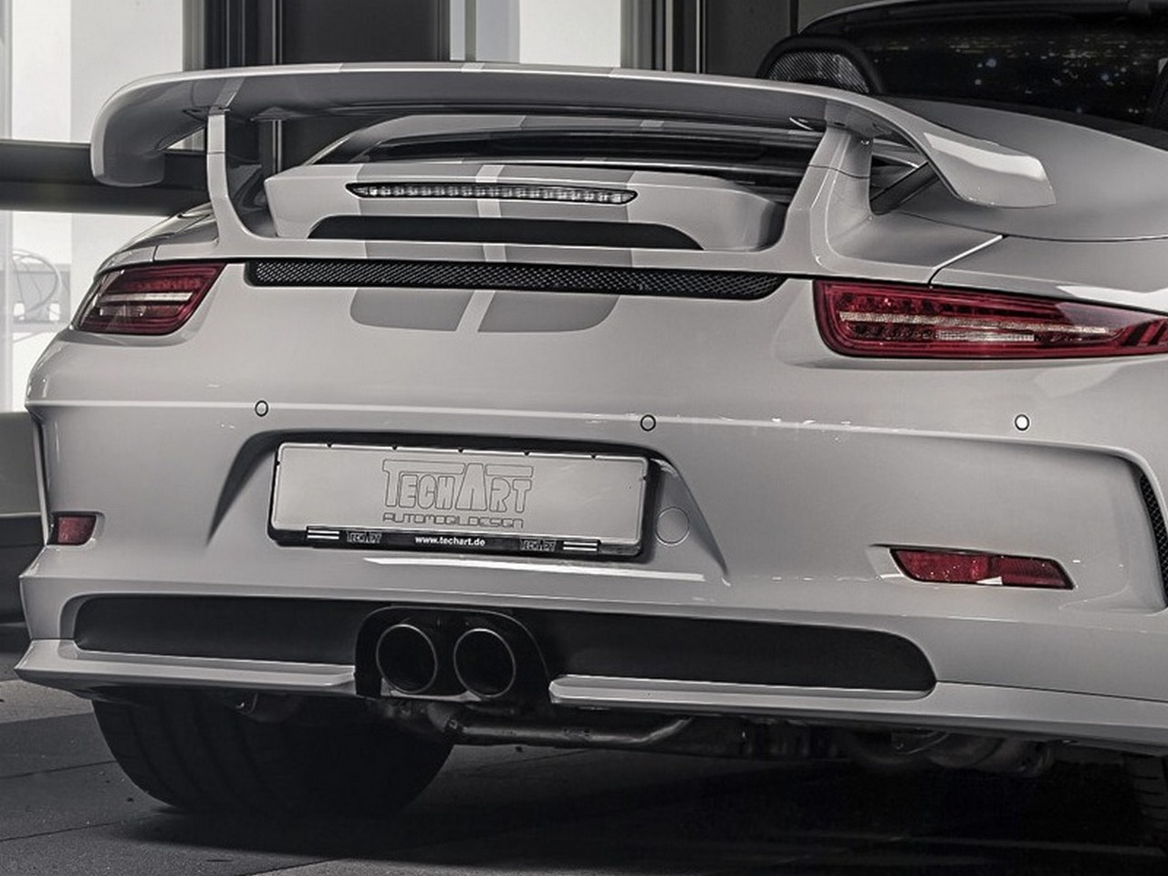 TECHART_foxcvr_911_GTS_rear