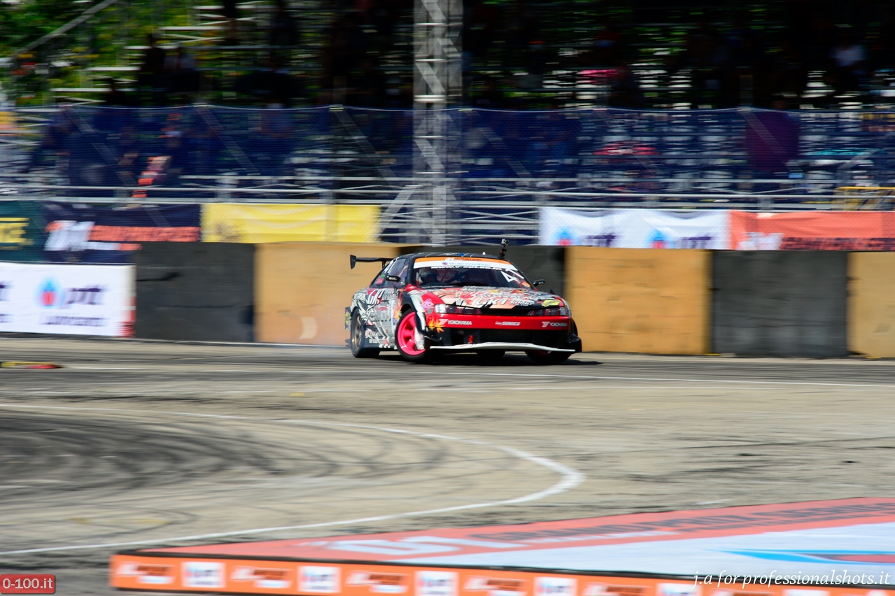 d1-grand-prix-series-thailand-professional-drift-2013-0-100_17