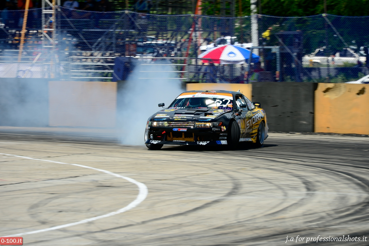 d1-grand-prix-series-thailand-professional-drift-2013-0-100_21