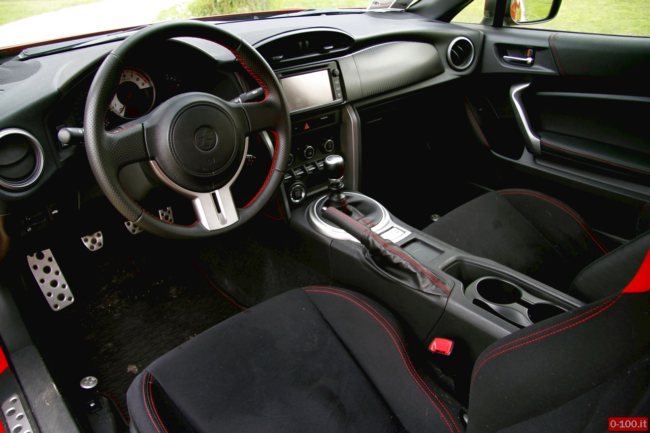 toyota-GT86-test-drive-price-0-100_12