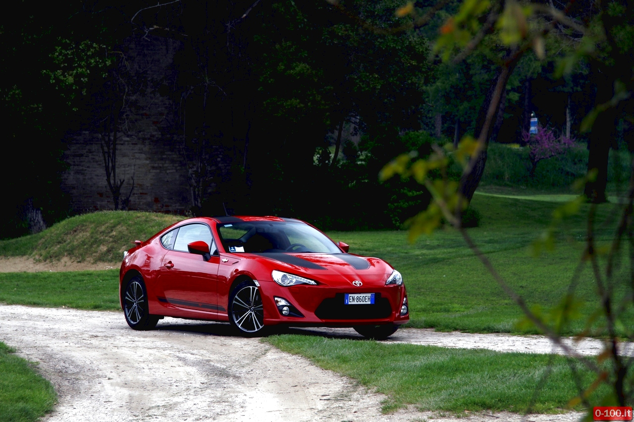 toyota-GT86-test-drive-price-0-100_15
