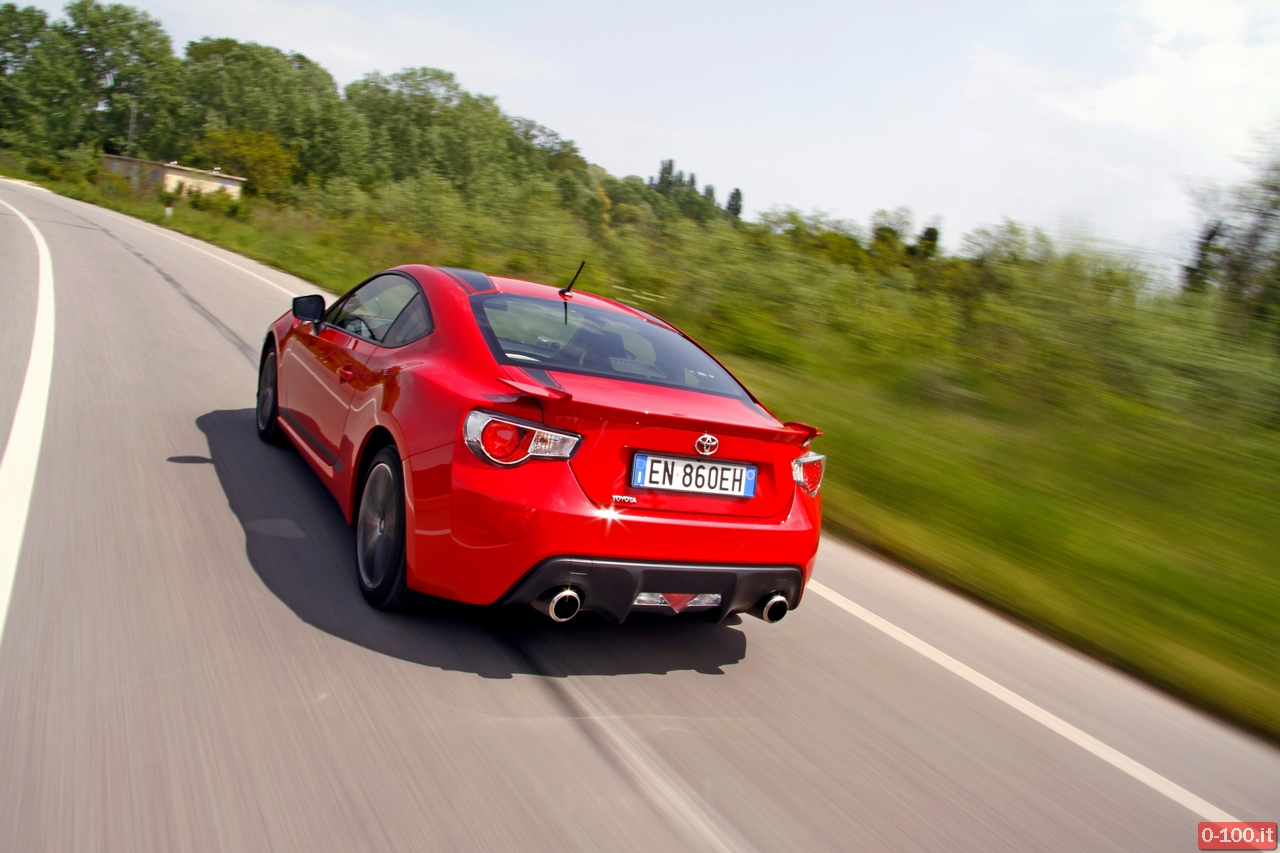 toyota-GT86-test-drive-price-0-100_31