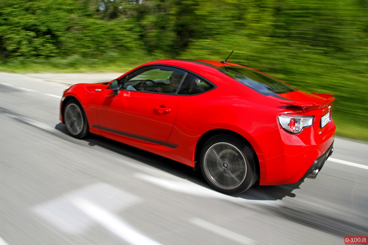 toyota-GT86-test-drive-price-0-100_35