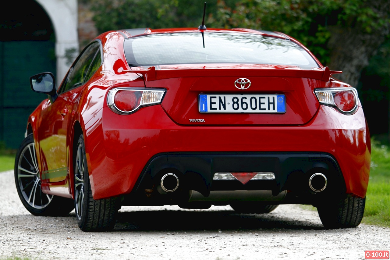 toyota-GT86-test-drive-price-0-100_4