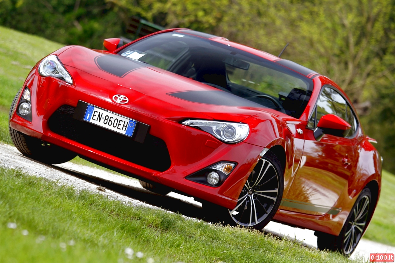 toyota-GT86-test-drive-price-0-100_8