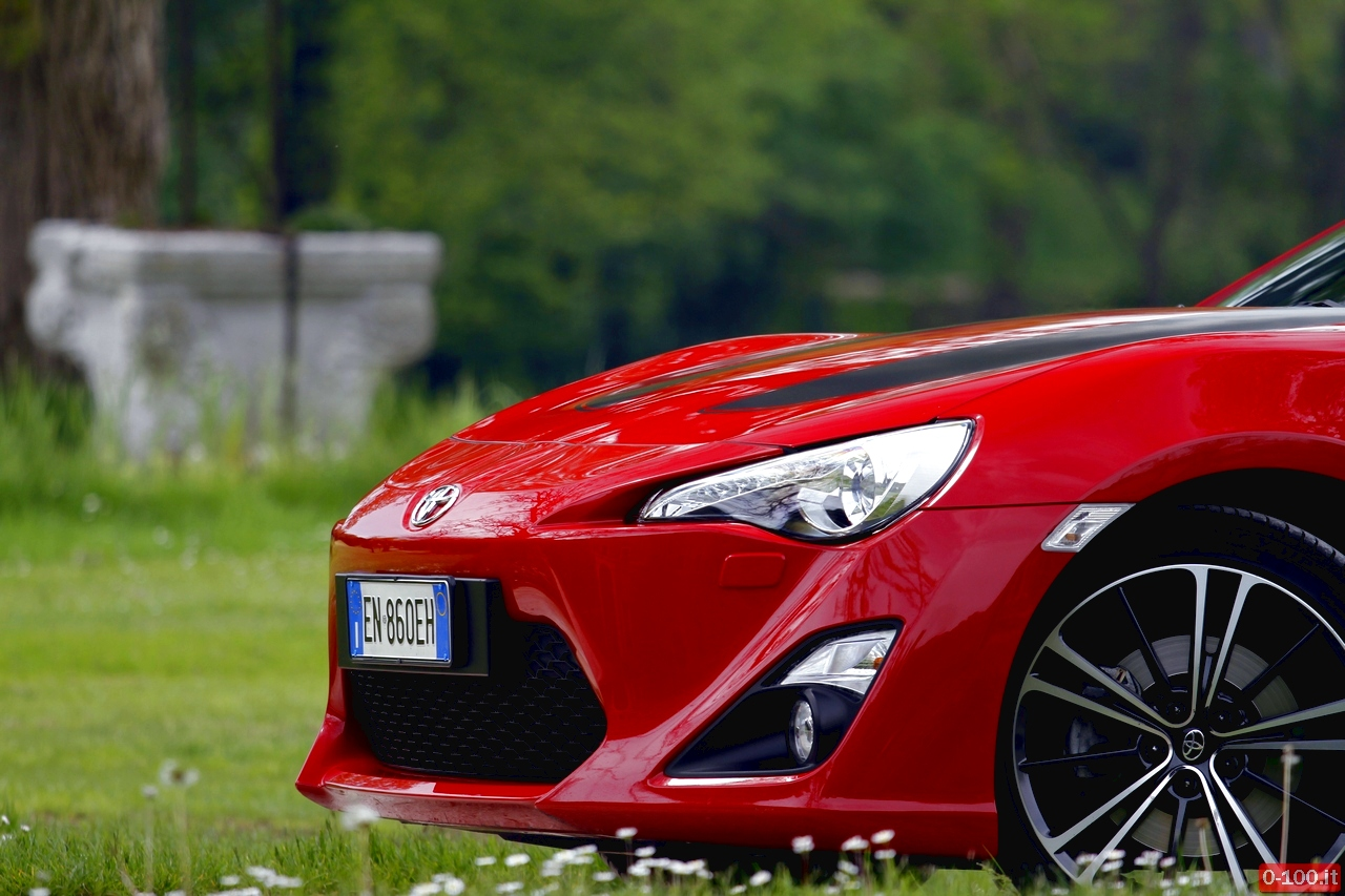 toyota-GT86-test-drive-price-0-100_9