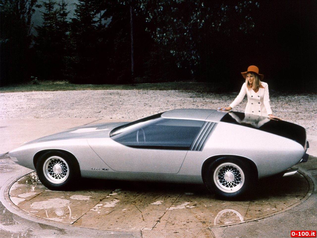 Opel_CD_concept-0-100_3