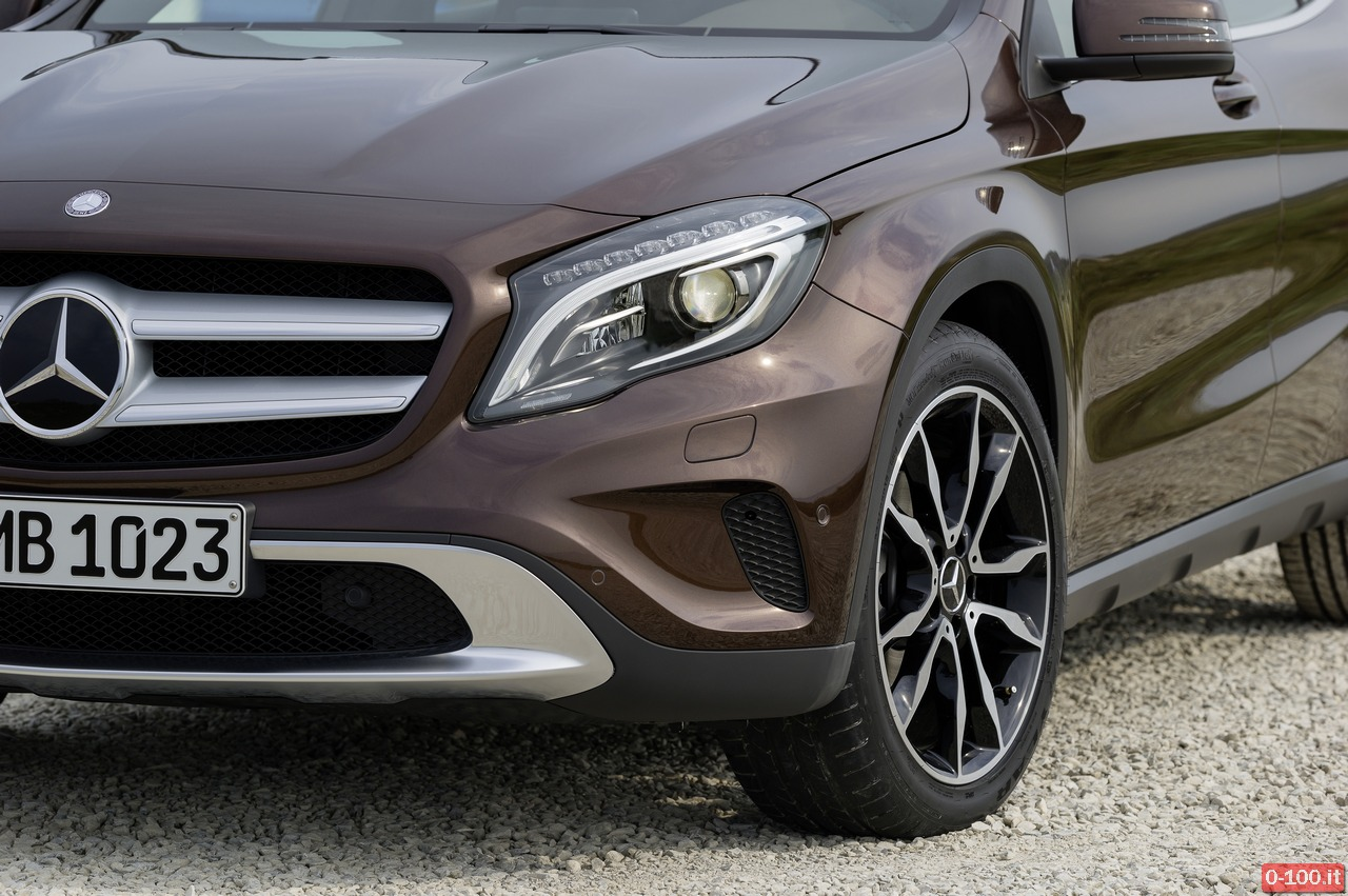 Mercedes-Benz GLA 220 CDI 4MATIC (X156) 2013