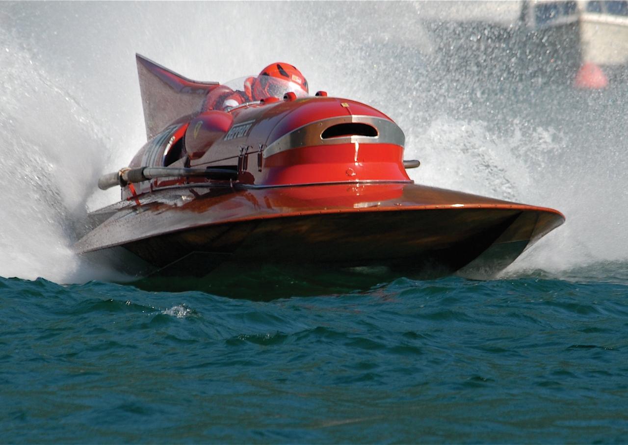 1953-timossi-ferrari-arno-xi-racing-hydroplane_80-100