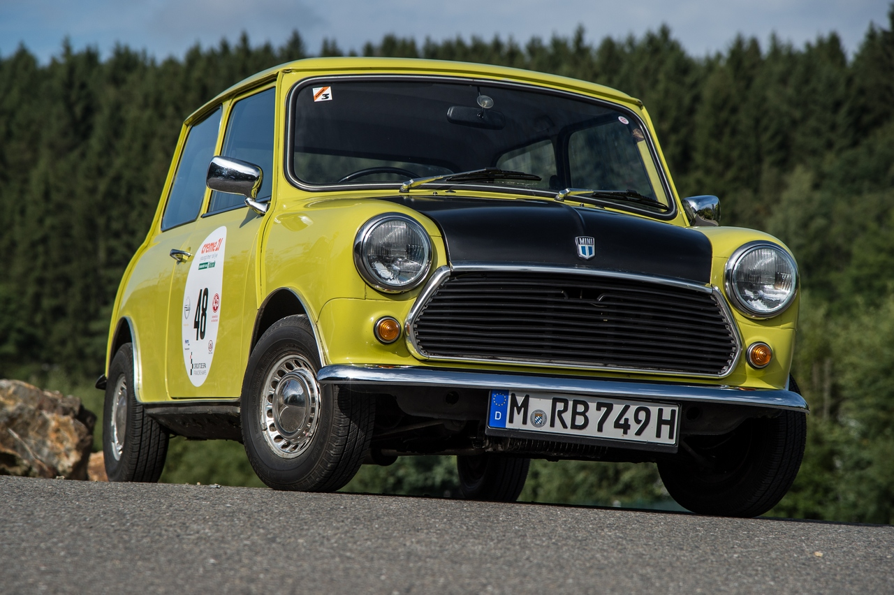 creme-21-youngtimer-rally-with-mr-beans-mini_10-100