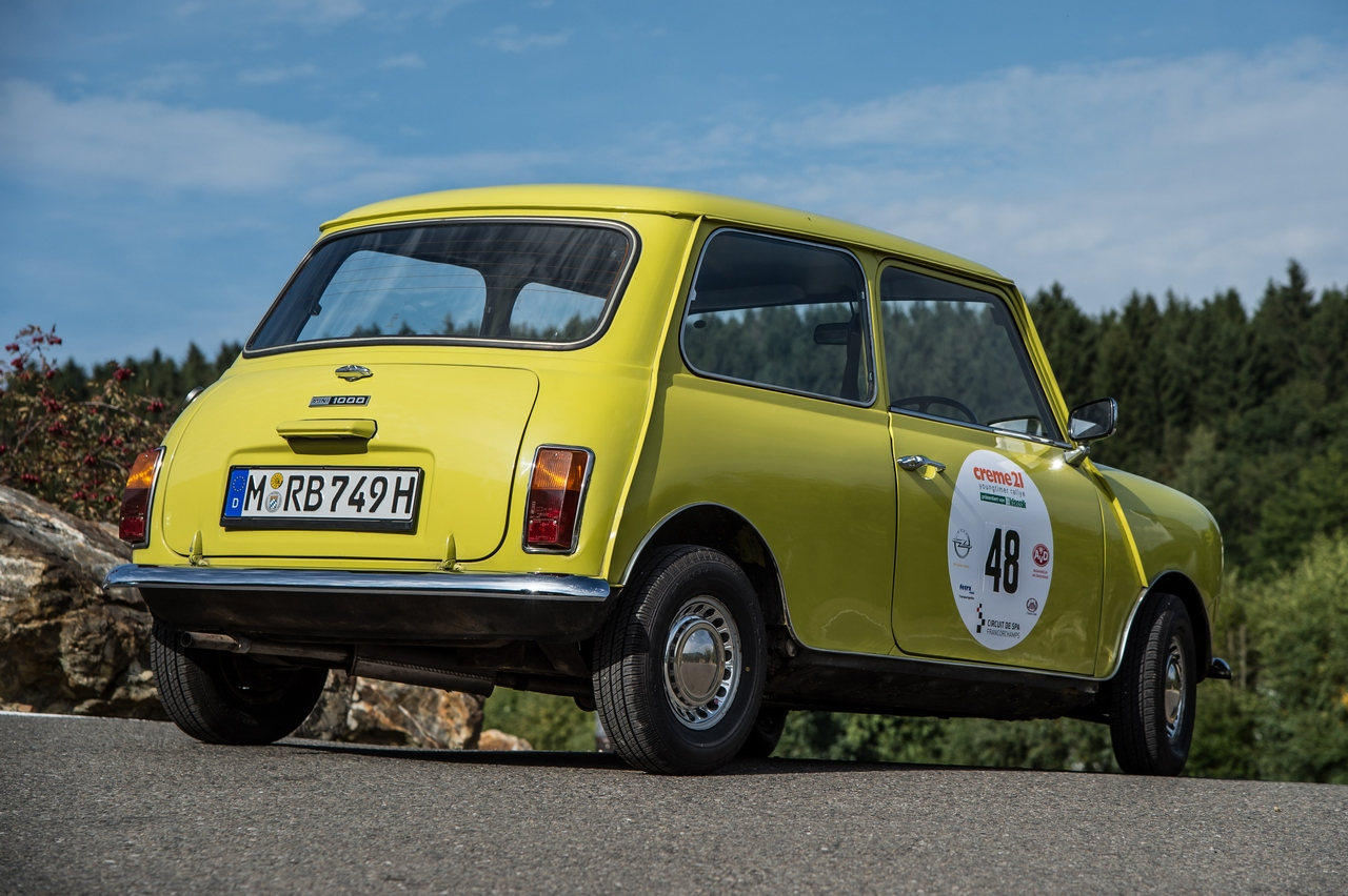 creme-21-youngtimer-rally-with-mr-beans-mini_40-100