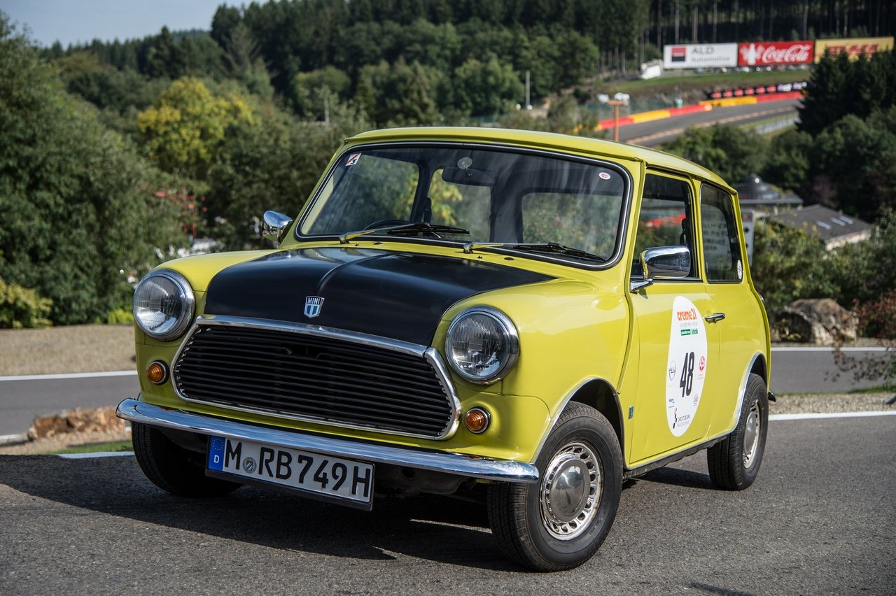 creme-21-youngtimer-rally-with-mr-beans-mini_50-100
